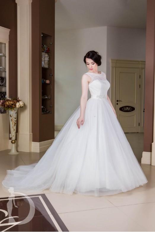 Свадебное платье со шлейфом S030